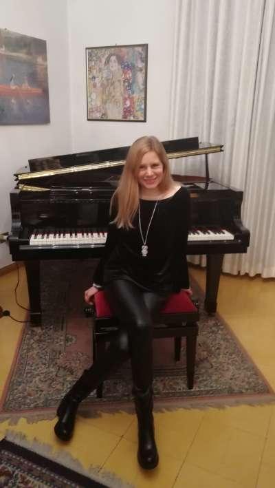 - IMG 20190202 184438 400x709 - PIANOFORTE – LAURA CARAPELLI